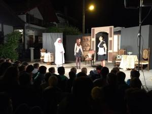 θέατρο 4