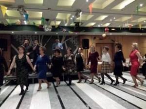 8 χορός